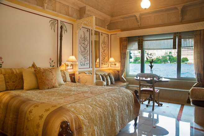 R&S_Wogli_58587547-H1-Luxury_Room_L_V_Double_B_Palace_Butler_S-3x2